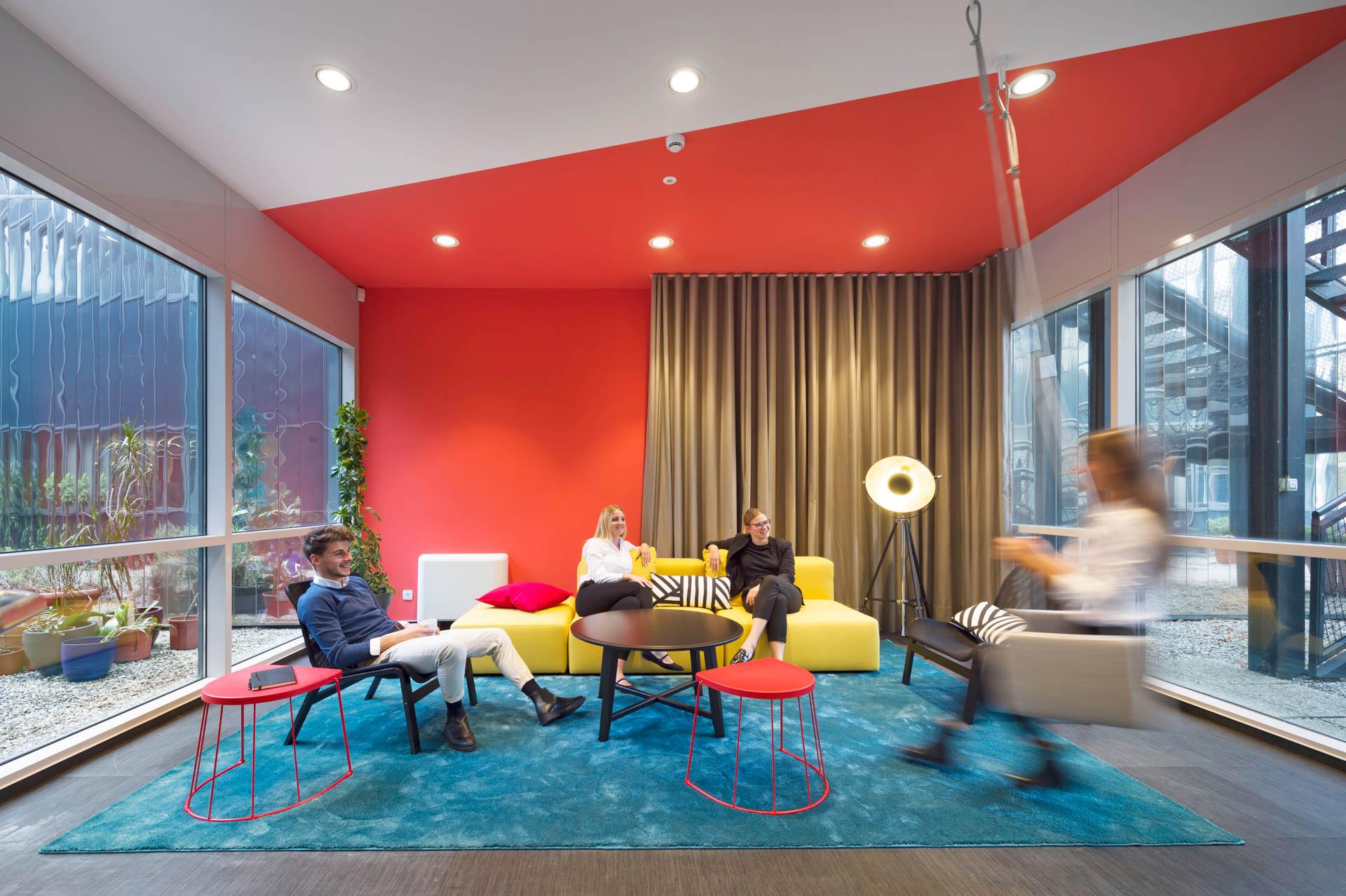 Krageljarchitects - BSH Living Office (9)
